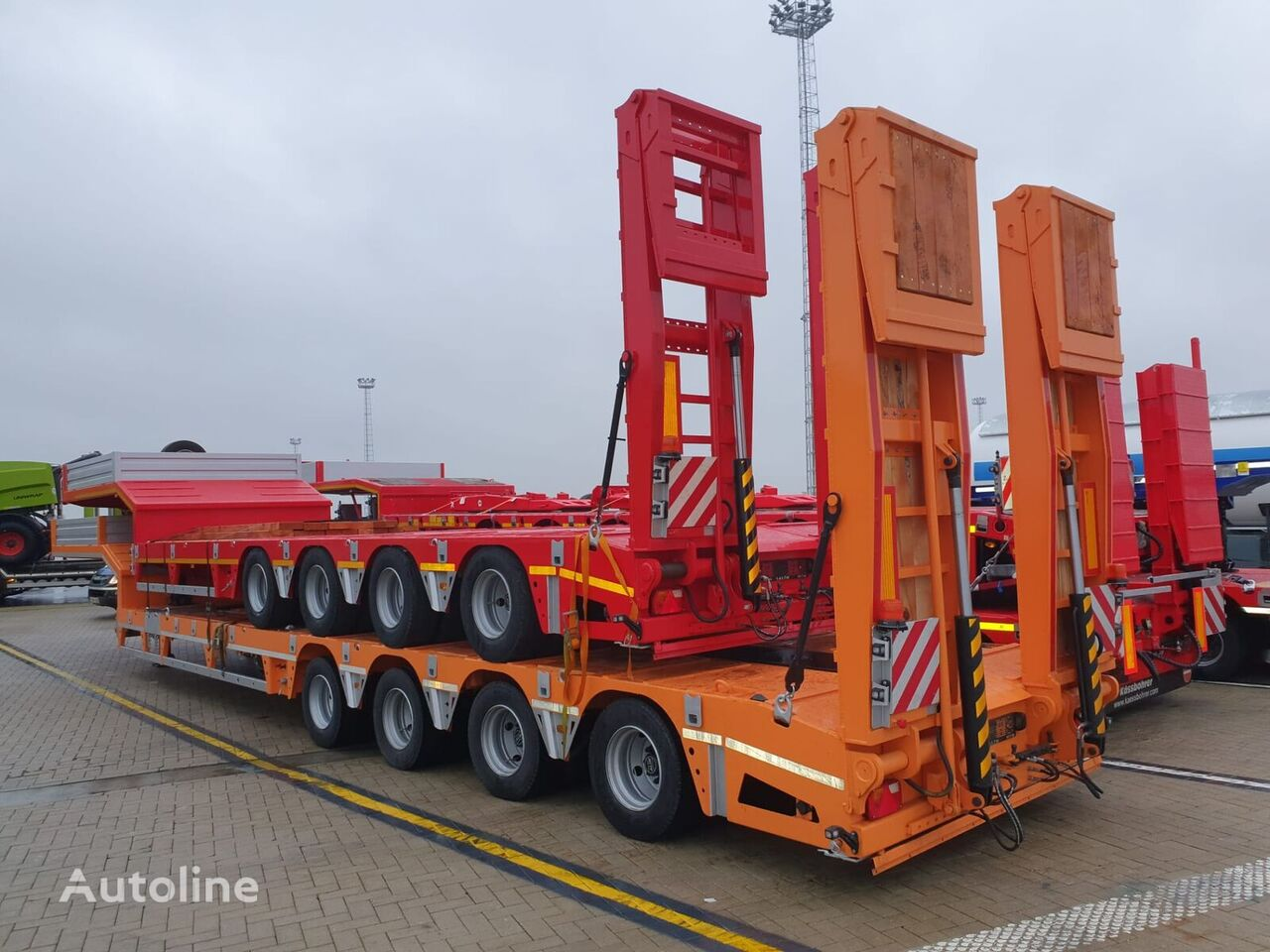 new EXPOTRAILER low bed semi-trailer