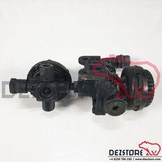 MAN (81521156023) pneumatic valve for MAN TGX tractor unit