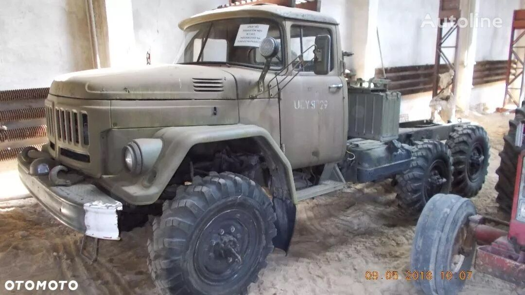 ZIL 131  6x6  chassis truck